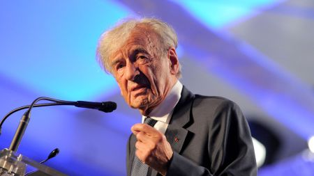elie-wiesel-le-29-avril-2013-a-washington_4910245