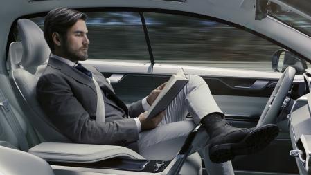s0-voiture-autonome-1-3-des-francais-prets-a-en-acheter-une-et-la-moitie-pense-que-les-accidents-chuteront-598889